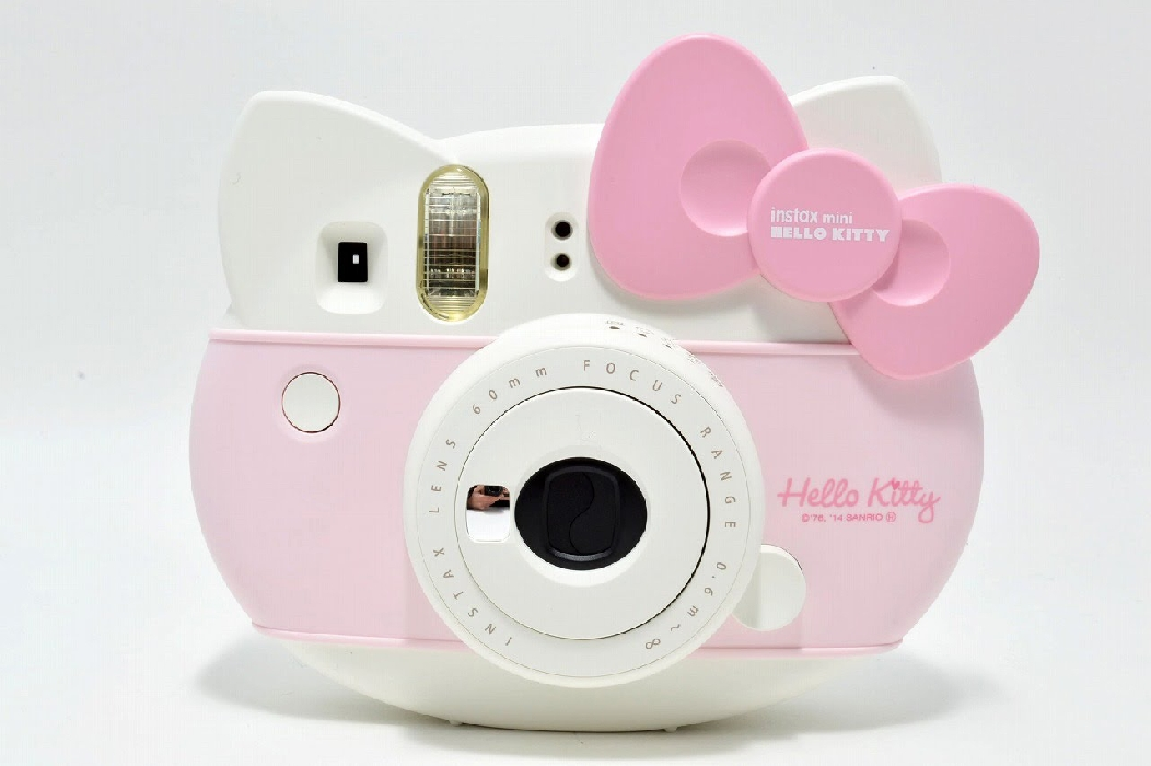 An image of INSTAK MINI HELLO KITTY PLUS 10 SHOTS