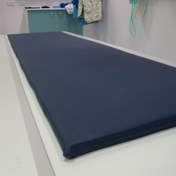 An image of Table Pad With Sewn Cover 61 x 198 x 2.5cm